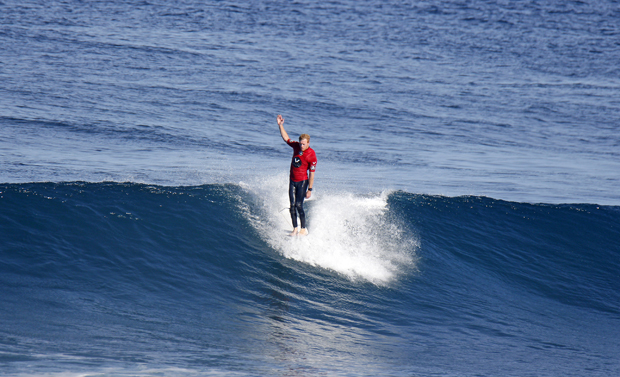Image 3 for Cracking waves for the Volte Wetsuits WA Longboard Titles – wrap, results & photos
