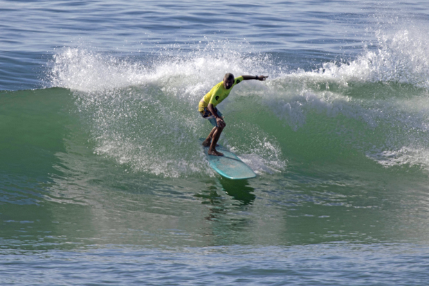 Image 1 for Surf and classic Kombis: longboard finals at Coolum Beach – results & photos