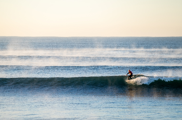 Image 4 for Vicco Titles, second round in great waves – wrap, results & photos