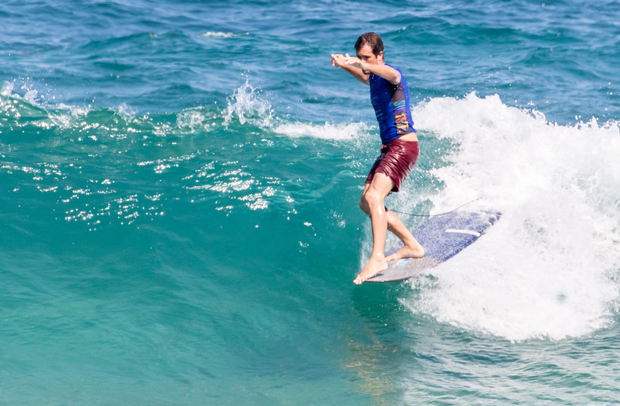Image 5 for Newcastle's James Bros Longboard Classic – wrap & photos