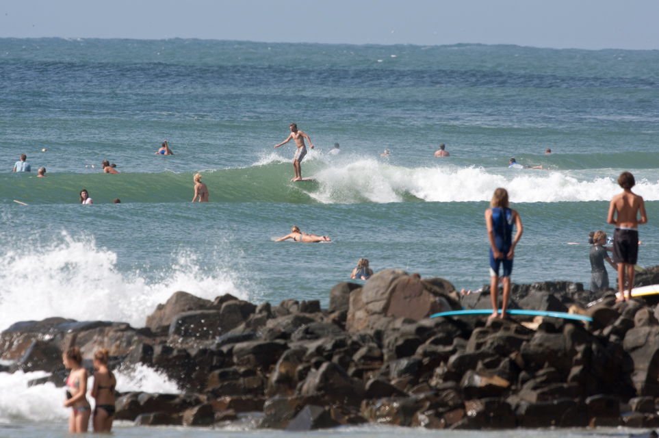 Image 1 for Australia's surfing population tops half a million!