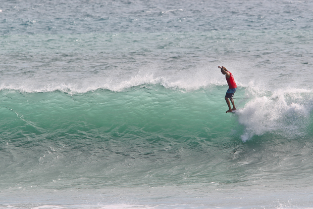 Image 3 for Down to the final four in the Men's World Longboard Titles! Wrap, Results & Photos