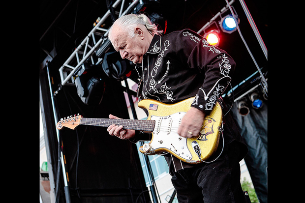 Image 2 for Dick Dale, godfather of surf guitar, dies aged 81