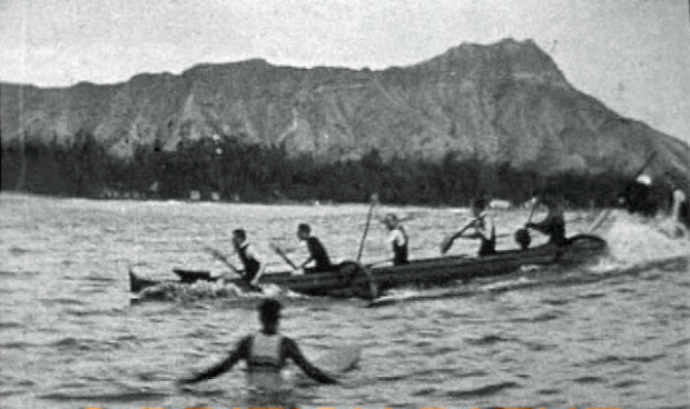 Image 2 for Edward, Prince of Wales, goes surfing in Hawaii in 1920 (he's not very good).