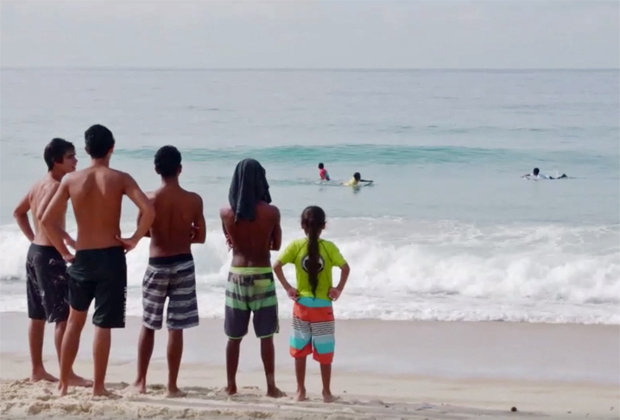 Image 5 for Surfers are helping future generations in Brazil's largest favela