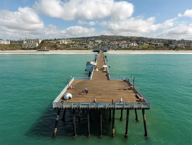 Image 2 for Why is human DNA seeping into the surf near a Southern California pier?