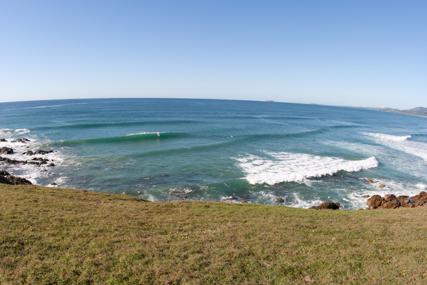 Image 5 for Surfer in his 20s dies after shark attack at Shellys