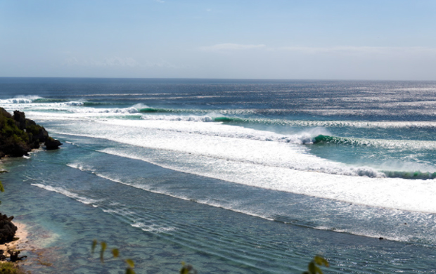 Image 1 for Uluwatu replaces Margaret River as Event No. 3 on the WSL Shortboard CT