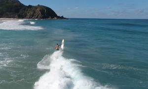 Okanui teamrider Nic Jones - Surf Relik Entry